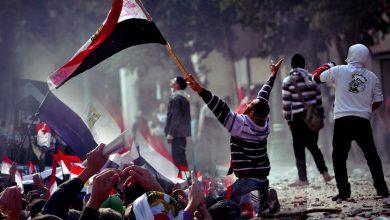 الثورة المصرية بين الشعارات والمفارقات