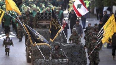 Photo of تحول الجماعات المسلحة إلى أحزاب سياسية: حزب الله نموذجاً