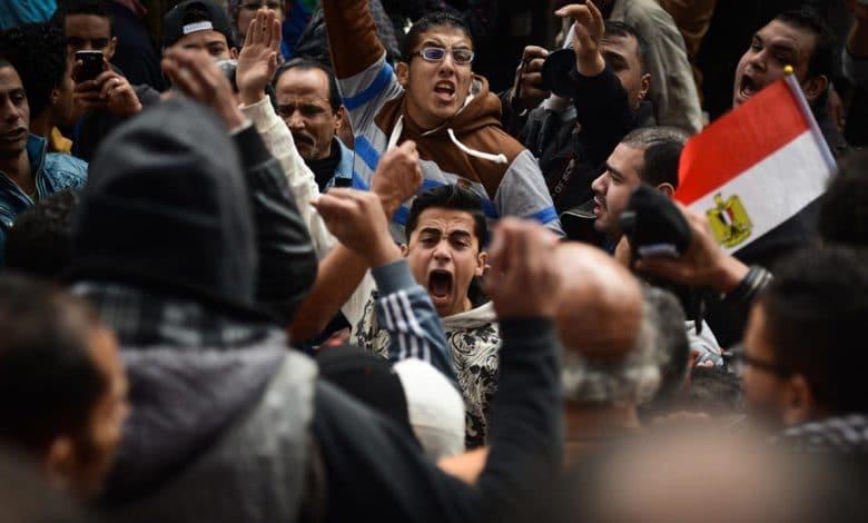 بين الثورة والثوار ـ مفاهيم وأخلاقيات