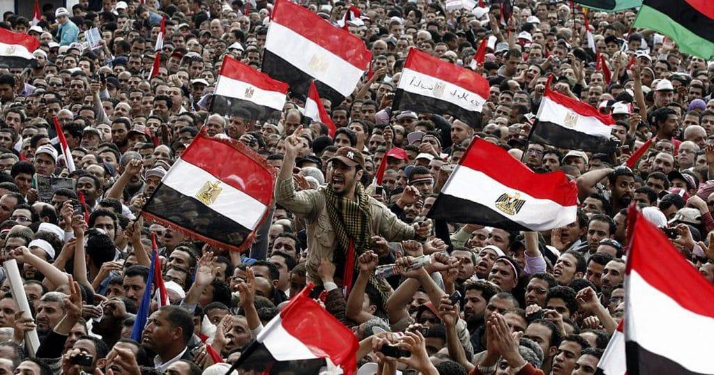 تشريح الثورة المصرية عقبات وتحديات ومسارات