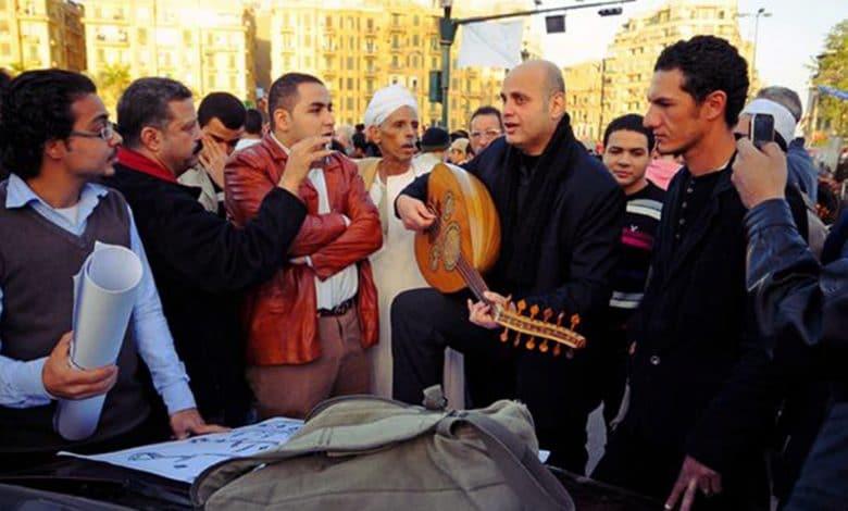 ميدان التحرير .. حالة استدعاء الأغنية الوطنية