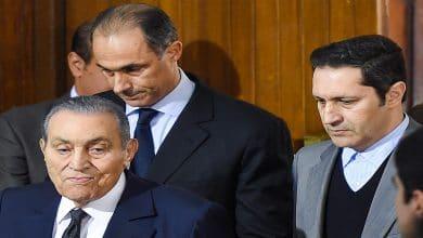 Photo of رسائل كلينتون: أميركا وراء إعلان عدم ترشح مبارك وابنه في الانتخابات