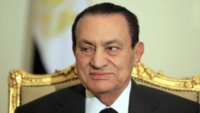 Photo of رسائل كلينتون: الساعات الأخيرة قبل إعلان تنحي مبارك