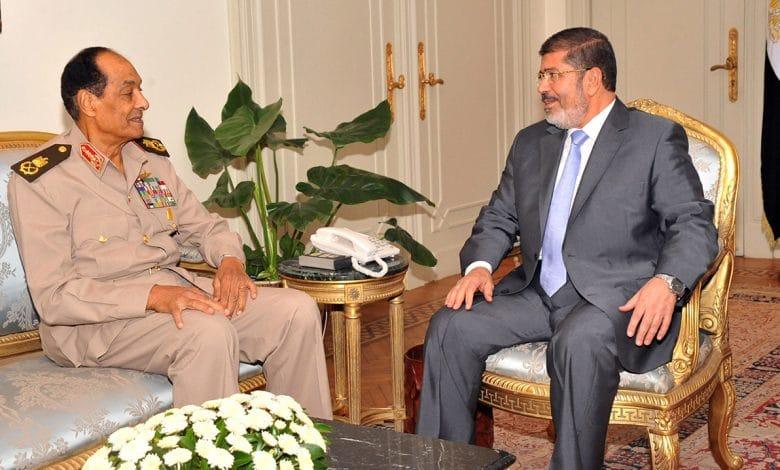 رسائل كلينتون السيسي يعرض نفسه على مرسي بديلا لطنطاوي