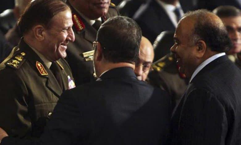 رسائل كلينتون العلاقة بين مرسي والمجلس العسكري والإخوان
