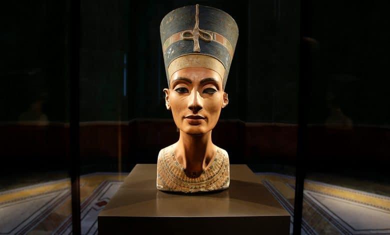 الآثار المصرية المهربة أين هي؟ ومتى وكيف خرجت؟ وهل تعود؟