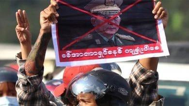 Photo of بعد انقلاب ميانمار 2021: حدود ديمقراطية العسكر