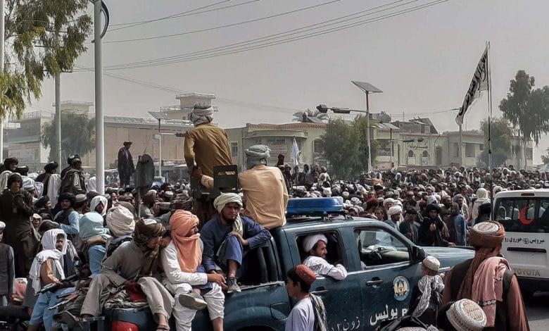 روبن رايت هل يمثل الانسحاب الكبير من أفغانستان نهاية العصر الأمريكي؟